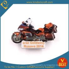 Goldwing insignia fresca del Pin de la motocicleta en rojo para el presente