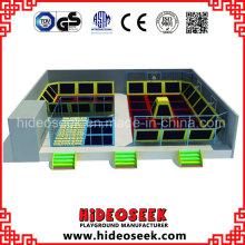 Grand parc de trampoline de gymnastique d'intérieur