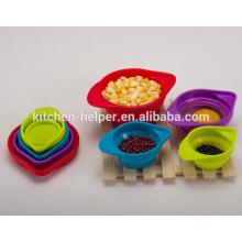 Ensemble de 4 pièces Ensemble empilable empilable pour l'assèchement des tasses à l'ingrédient sec et liquide Coupe de mesure du silicone