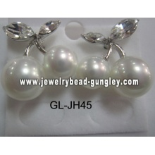 gift shell pearl earrings for woman