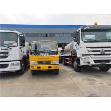 Distribuidor do asfalto do reboque do caminhão da estrada asfaltada
