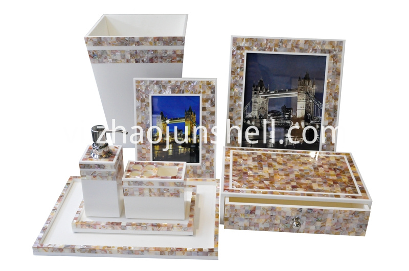 mother of pearl hotel bathroom accessorry set