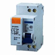 Disjoncteur avec la tension isolante évaluée 660V