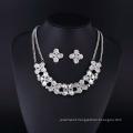 Four Leaf Fashion Rhinestone and Crystal Silver Plating Necklace