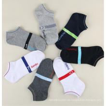 Liefern Großhandel Baumwolle Low Cut Woche Logo Socken