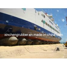 Barco o nave usada bolsa de aire de elevación