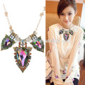 2017 jewelry Yiwu Collection bib statement necklace,gold long chain pearl necklace