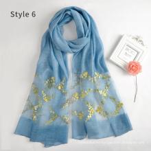 Nueva llegada de la moda de guangzhou señoras bufandas bordadas largas y abrigos emoidery pañuelo para las mujeres