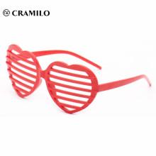 изготовленные на заказ очки партии новизны формы сердца на продажу