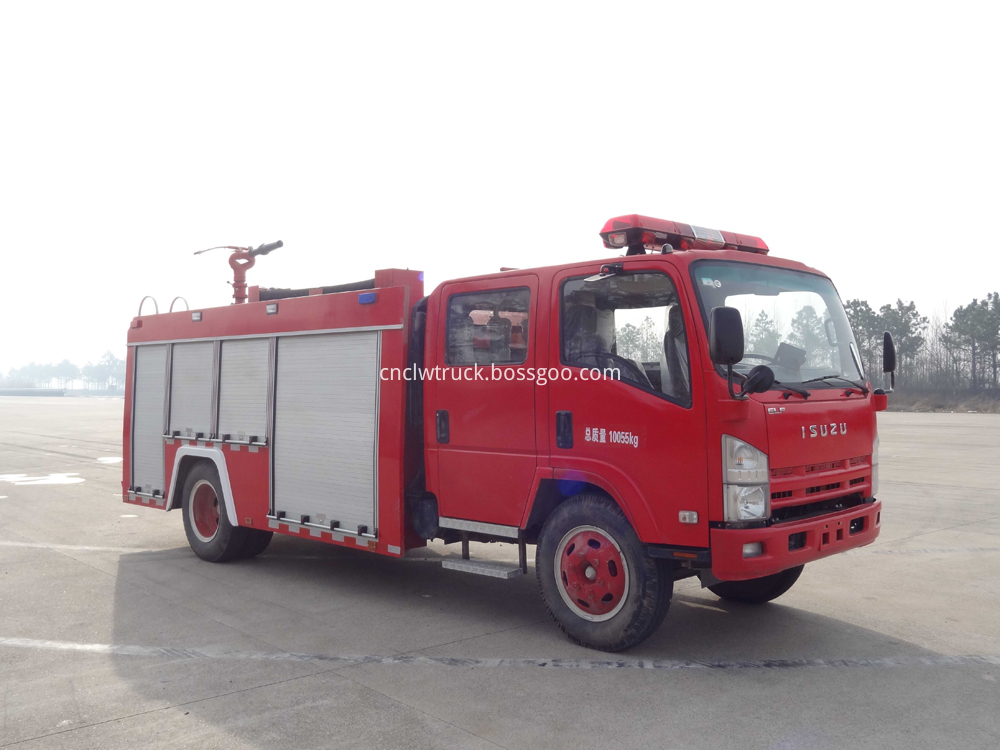 fire fighting foam truck 2