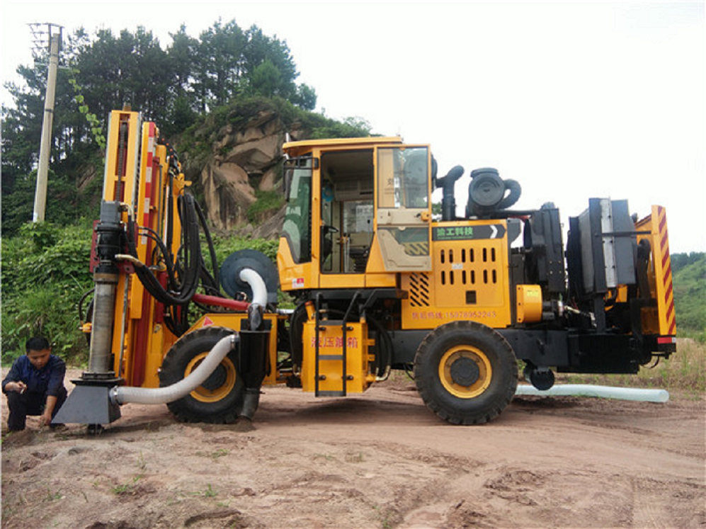 Wheel-type full hydraulic drilling All-in-one machine
