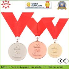 Золотой пользовательский медальон с лентой