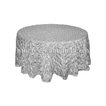 Fancy taffeta pinwheel tablecloths for wedding