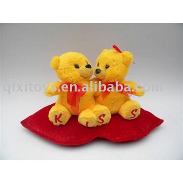 peluche Saint-Valentin baiser des ours en peluche avec coeur