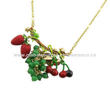 Trendy pendant necklaces, made of plastic, bead, oil drip and metal, in various colors/sizesNew