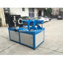 Codo hidráulico automático que hace la máquina