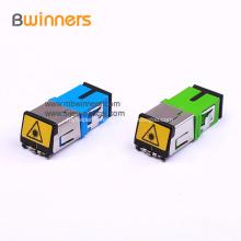 Adaptateurs d'adaptateur de fibre optique SC / PC Connecteurs avec obturateur