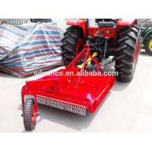 tracteur tondeuse à gazon en rouge