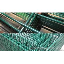 malla de alambre soldada de bajo precio / malla de alambre soldado con autógena / malla de alambre recubierta de PVC