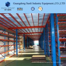 Estante de metal de almacenamiento industrial con soporte de entresuelo