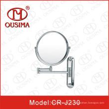 Espejo de maquillaje plegable montado en la pared