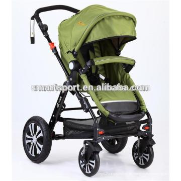 Carrinho de bebé com assento de carro