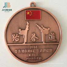 La fuente modifica las medallas del taekwondo del metal del bastidor de la aleación del logotipo para requisitos particulares con la cinta