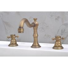 Antique Brass Bibcock Double Handle Bath Mixer Bathtub Faucet (QH30245A)