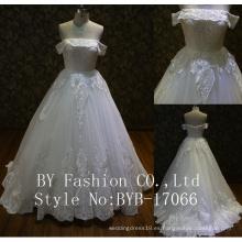 Nigeriano al por mayor de alta calidad bordada tela de lentejuelas de tul de tul pequeño vestido de boda de tren