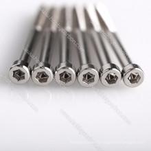 Vis en titane / aluminium / acier inoxydable vis à tête creuse de haute précision pour RC