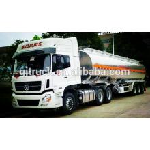 Camion de carburant de 8X4 RHD HOWO / camion de réservoir de carburant / camion de pétrole / camion de réservoir d'huile / acide réservoir liquide camion / réservoir remorque / camion chimique