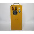 Wechselrichter mit Solarregler in einem portablen Solarenergie-Haussystem