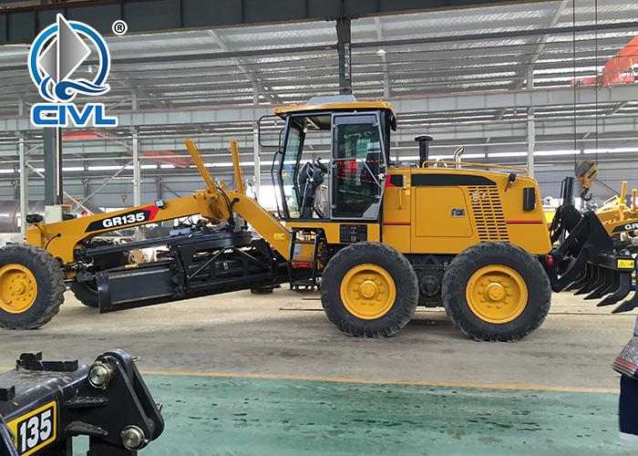 Gr135 Motor Grader 1