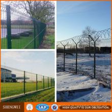 PVC-beschichtetes galvanisiertes 3D geschweißter Maschendraht-Zaun