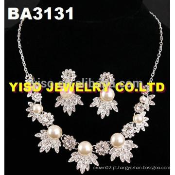 Conjunto de jóias de cristal de fantasia
