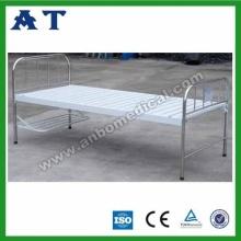 Mobiliário camas paralelas cabeceira de S.S.