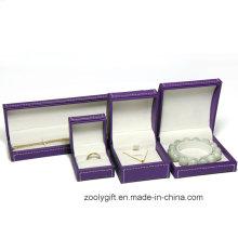 Caisse de bijoux en cuir à coutures / Collier / bracelet Boîte à emporter