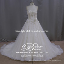 Elegante borboleta Lace Gelinlik Elegant Sweetheart Appliqued Tulle Bridal Gowns 2017 Strapless A-line Vestidos de casamento