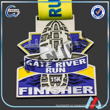 Hermosa moda en relieve con la medalla de St. Christopher con la cinta de impresión
