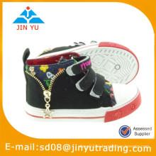 2015 zapato de China al por mayor