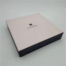 Paquet-cadeau rigide pour chocolats avec PlasticTrays