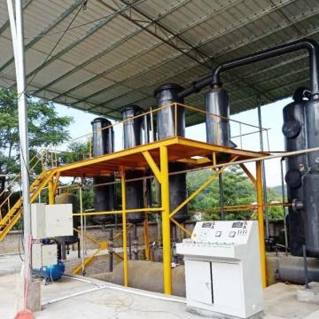Unité de recyclage des déchets de plastique par pyrolyse en huile