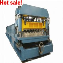 Metalldach-Kaltrollen-Umformmaschine