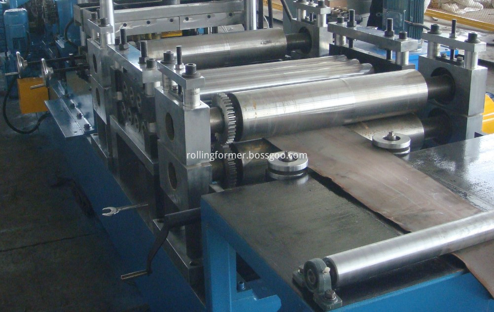C purlin rolling machine (3)