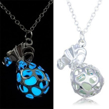 China Marker Hollow Out Necklace Pendant jewelry Necklace Women