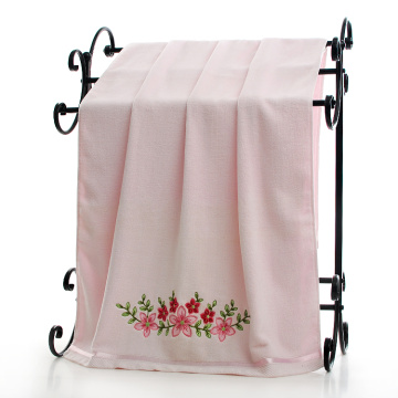 the bath towel with embroidery and lace