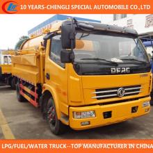 Caminhão de sucção de esgoto de limpeza de alta pressão 4x2 6cbm