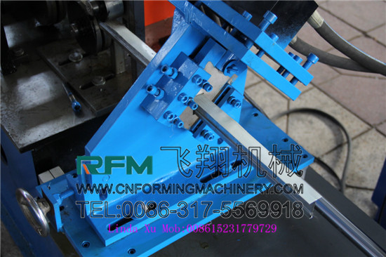 T Roll Rolling Machine