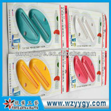 Popular custom promotional plastic tube toothpaste squeezer