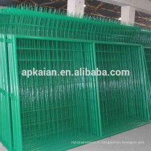 Clôture de maille métallique revêtue de PVC / 4x4 Clôture de maille métallique soudée / Clôture de maille métallique / Usure de fil SS ---- usine de 30 ans